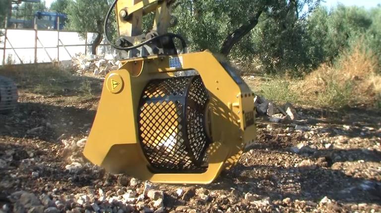 Nienaganny technologicznie osprzęt leśniczy liv